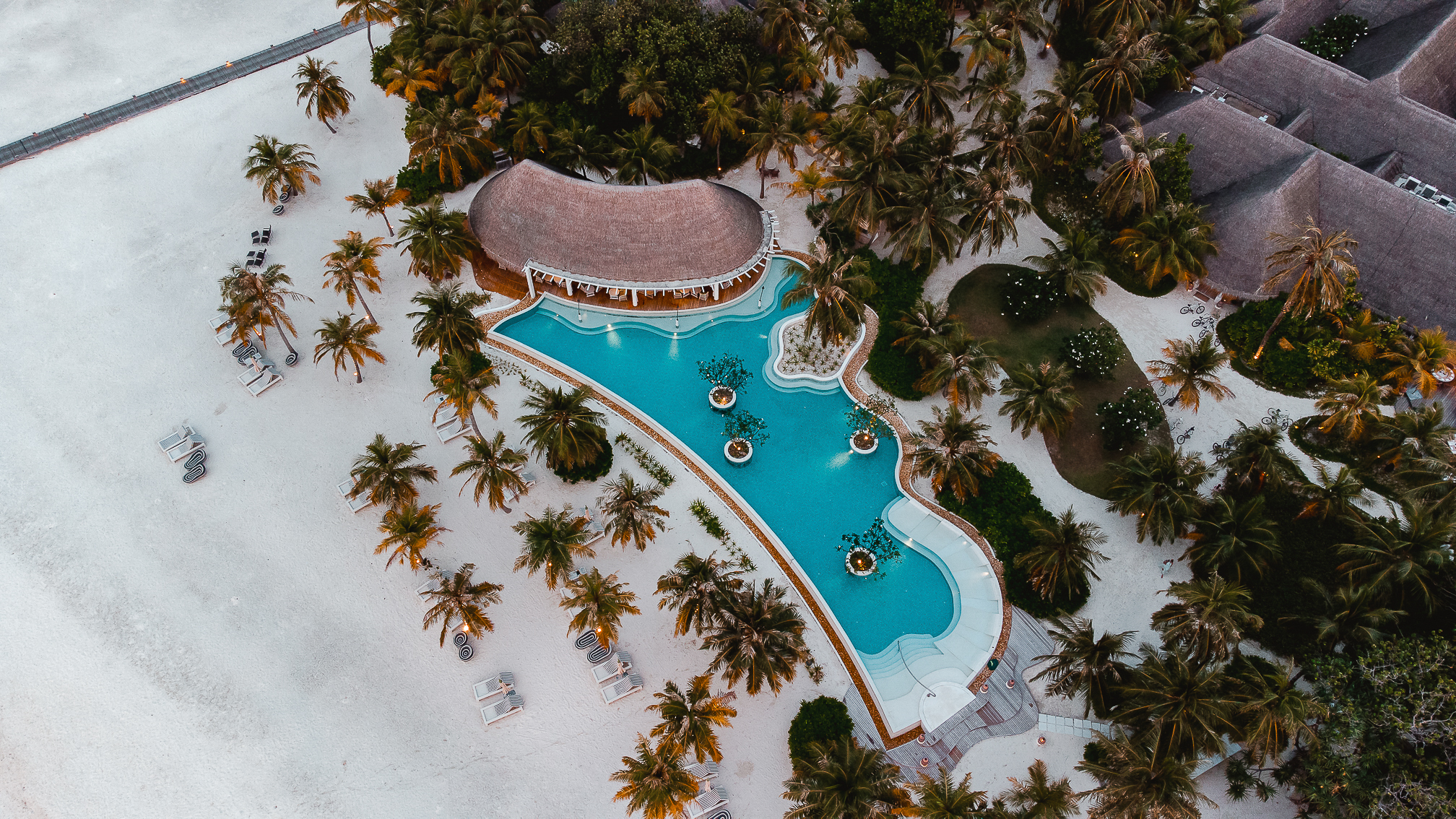 hotel kanuhura maldivas