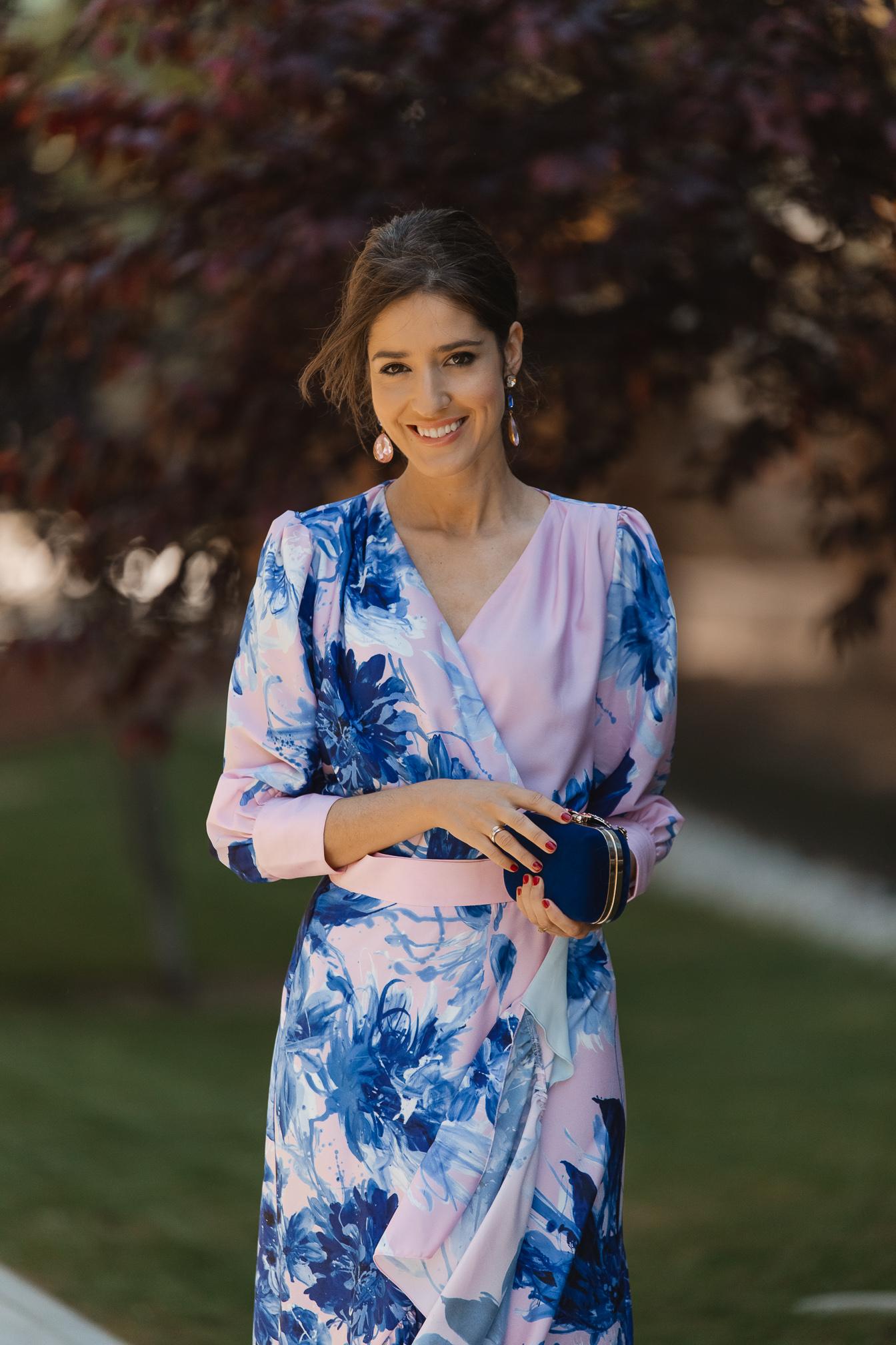 conjunto falda blusa invitada
