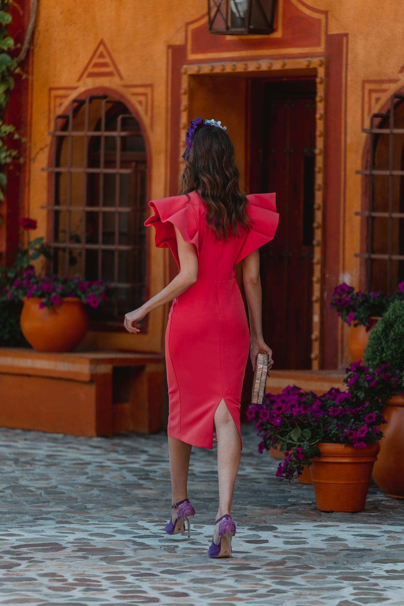 look invitada boda vestido midi