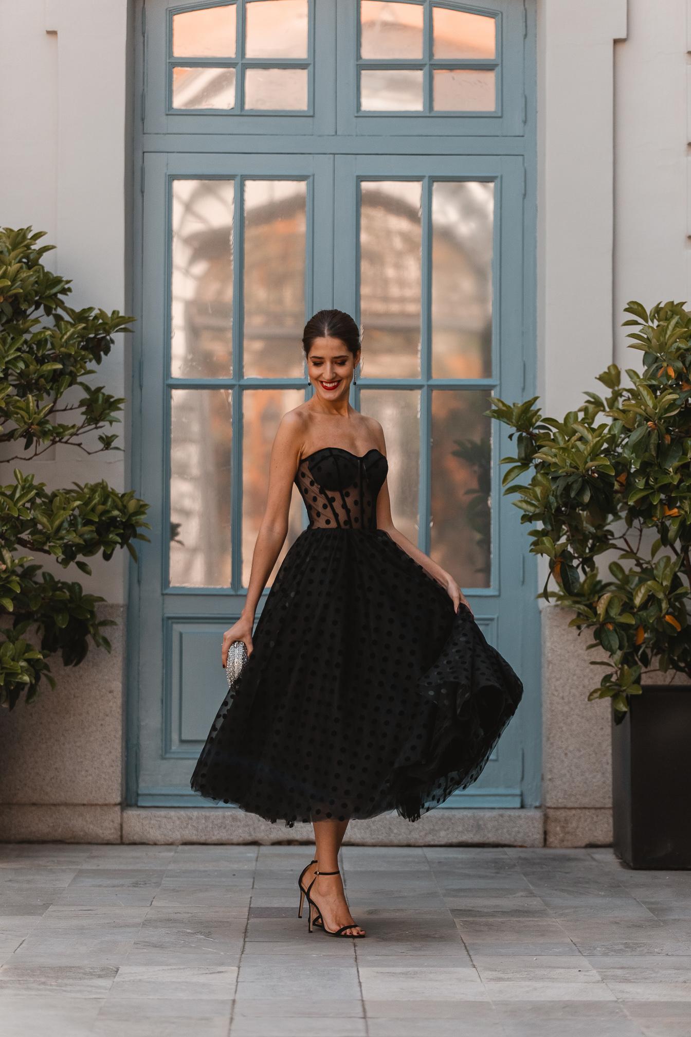 vestido negro plumeti intivitada perfecta