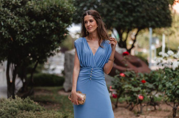 vestido drapeado invitada