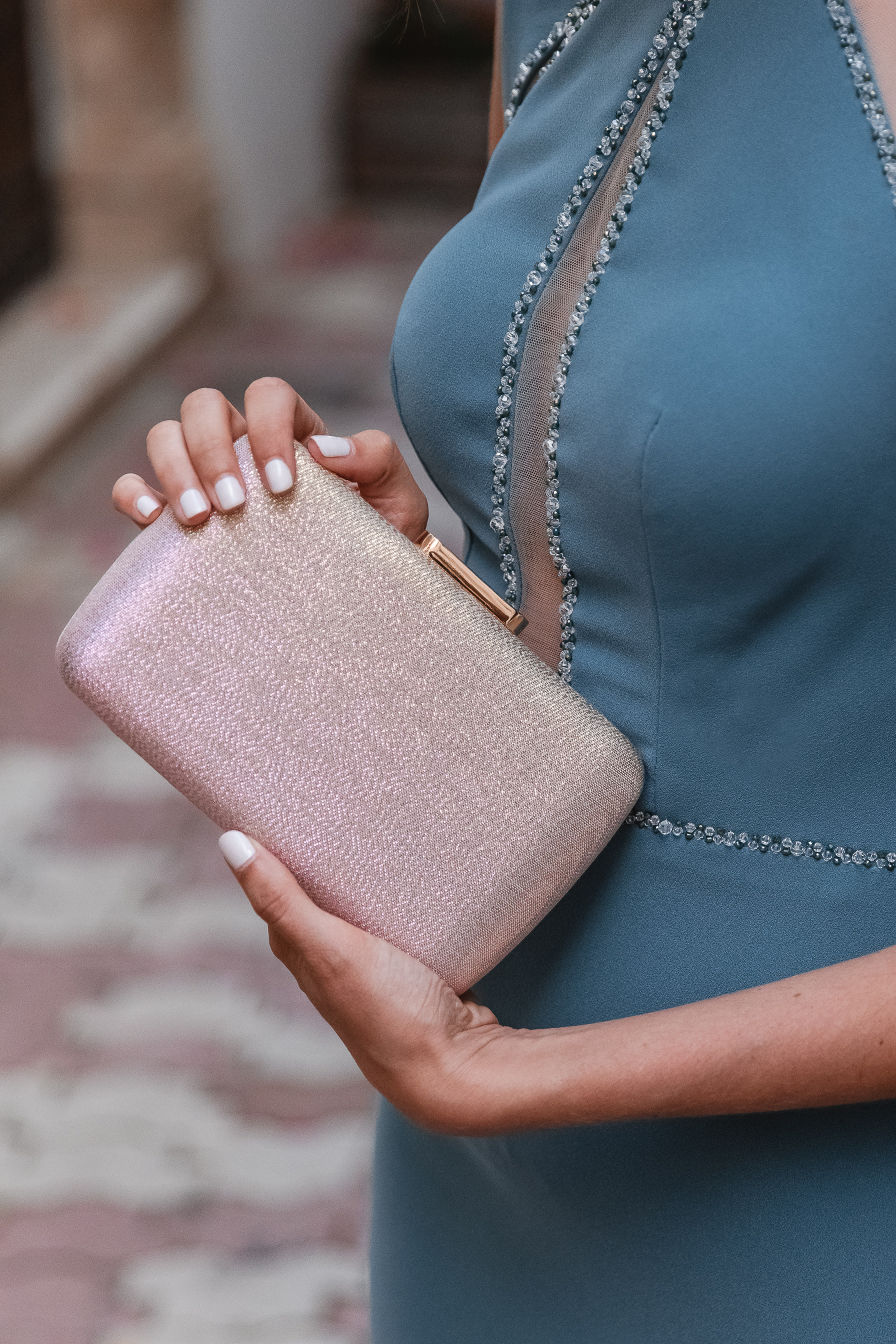 bolso metalizado beige rosa
