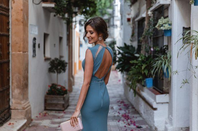 invitada vestido largo espalda