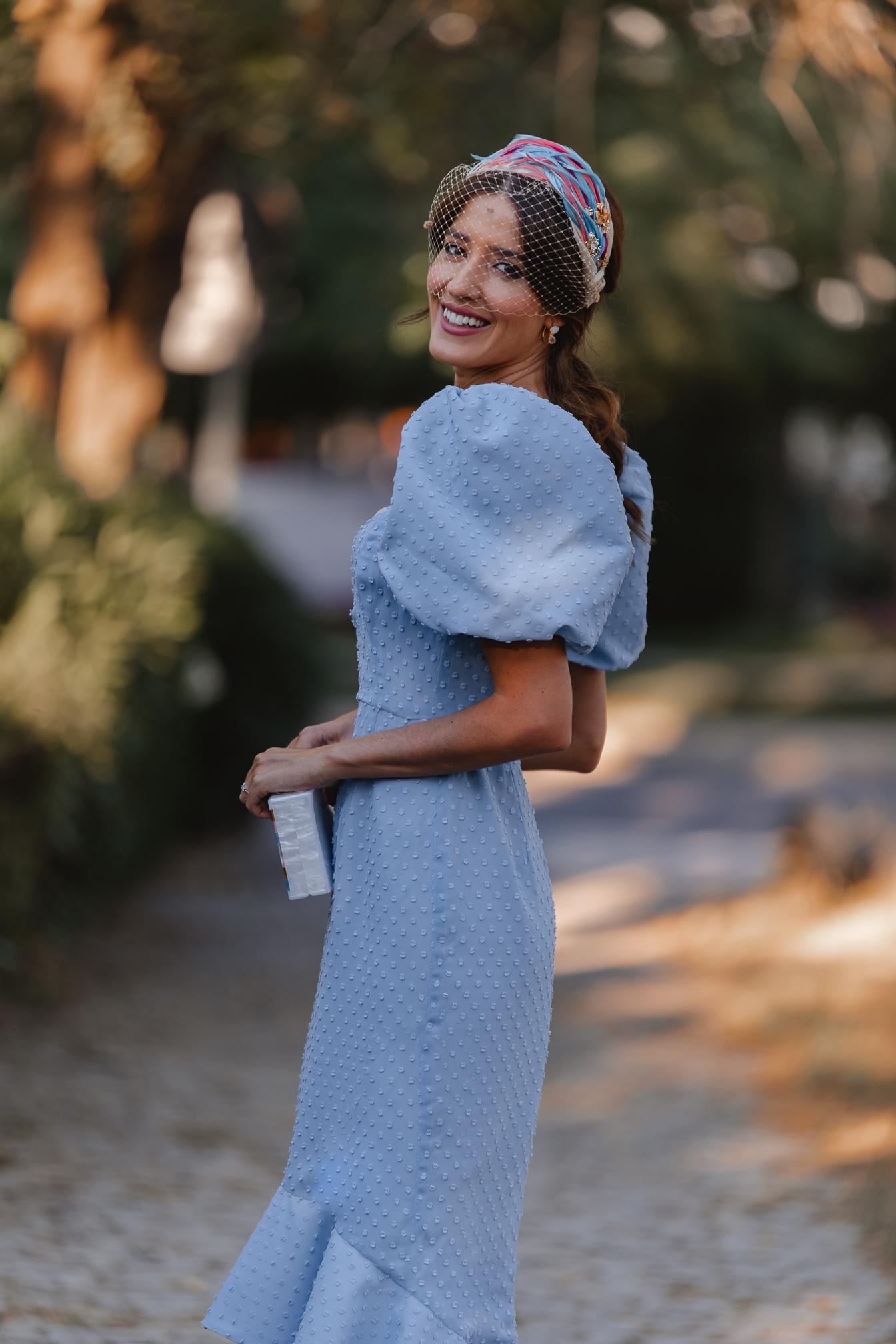 vestido plumeti azul midi invitada