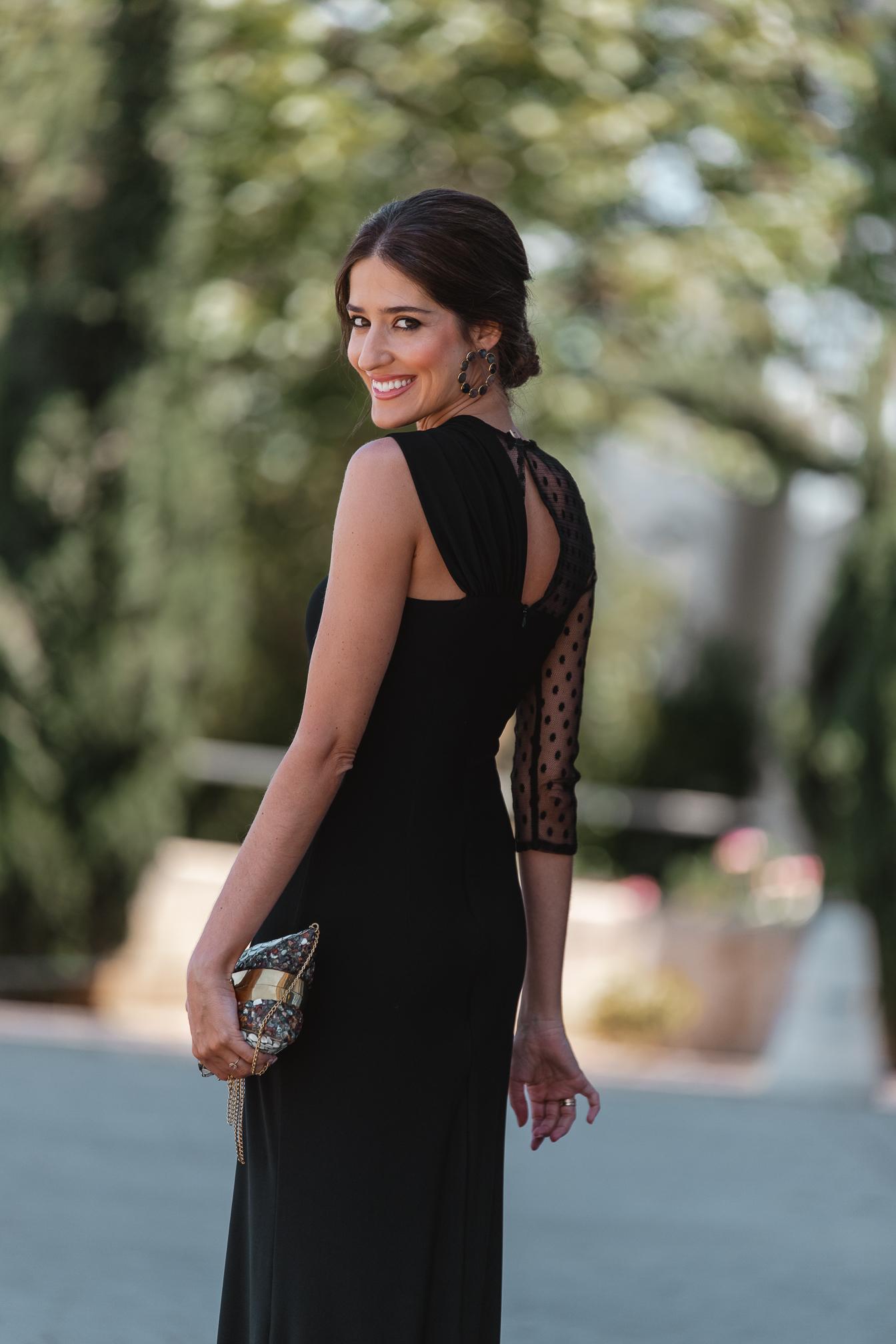 look invitada boda vestido negro