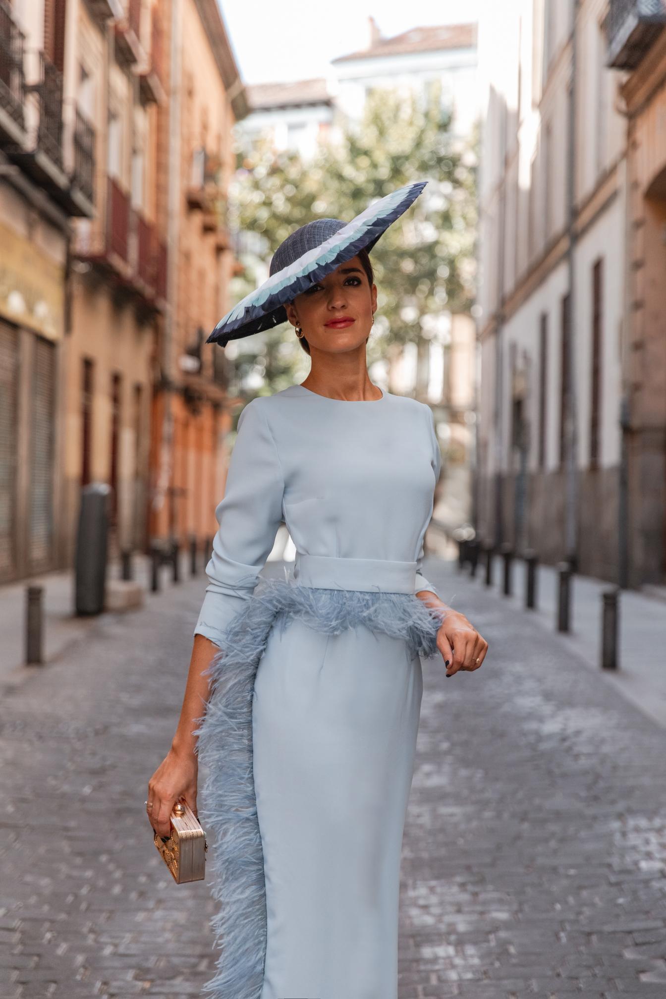 look invitada boda vestido azul pamela