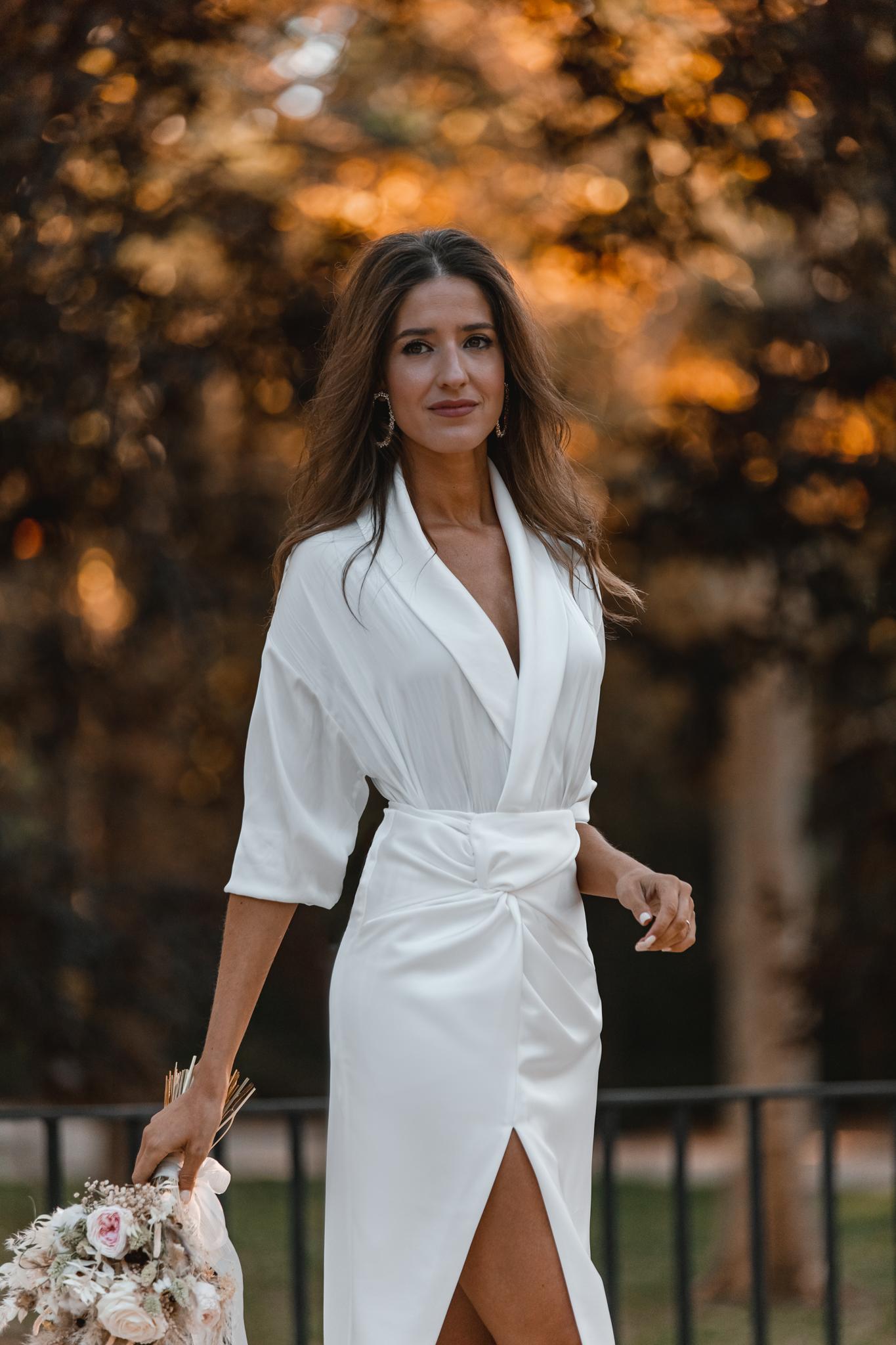 novia civil blusa falda