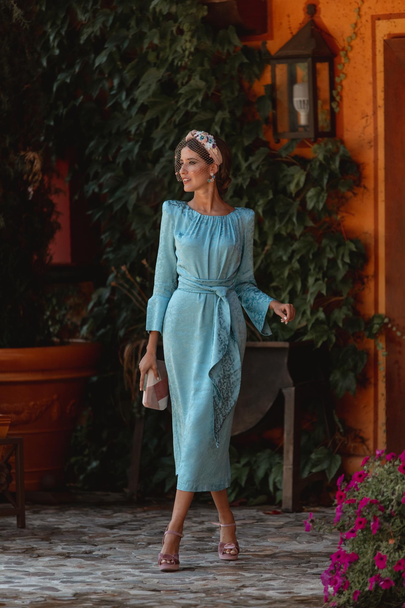 look invitada otoño invierno vestido