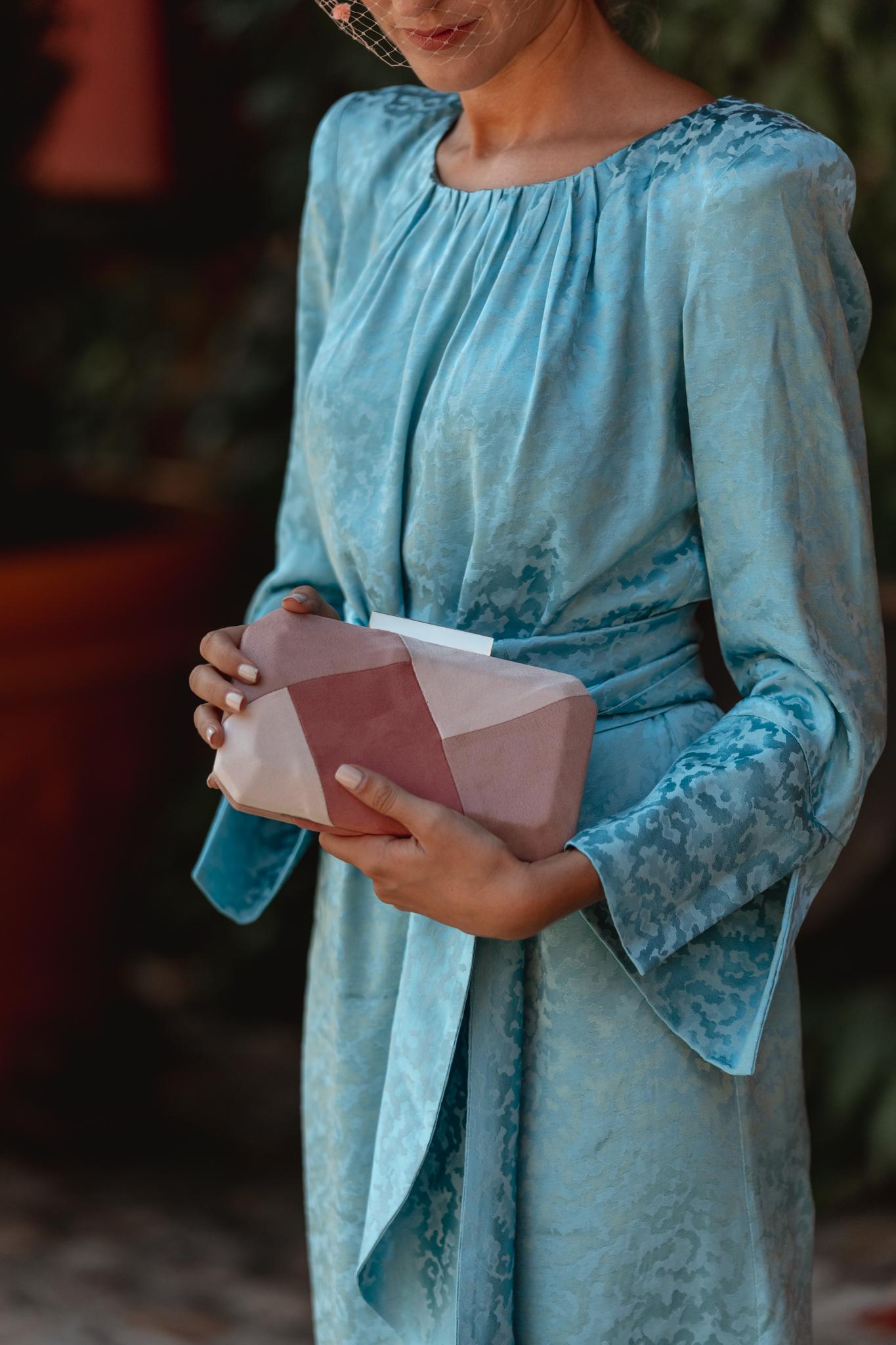 bolso rosa invitada boda