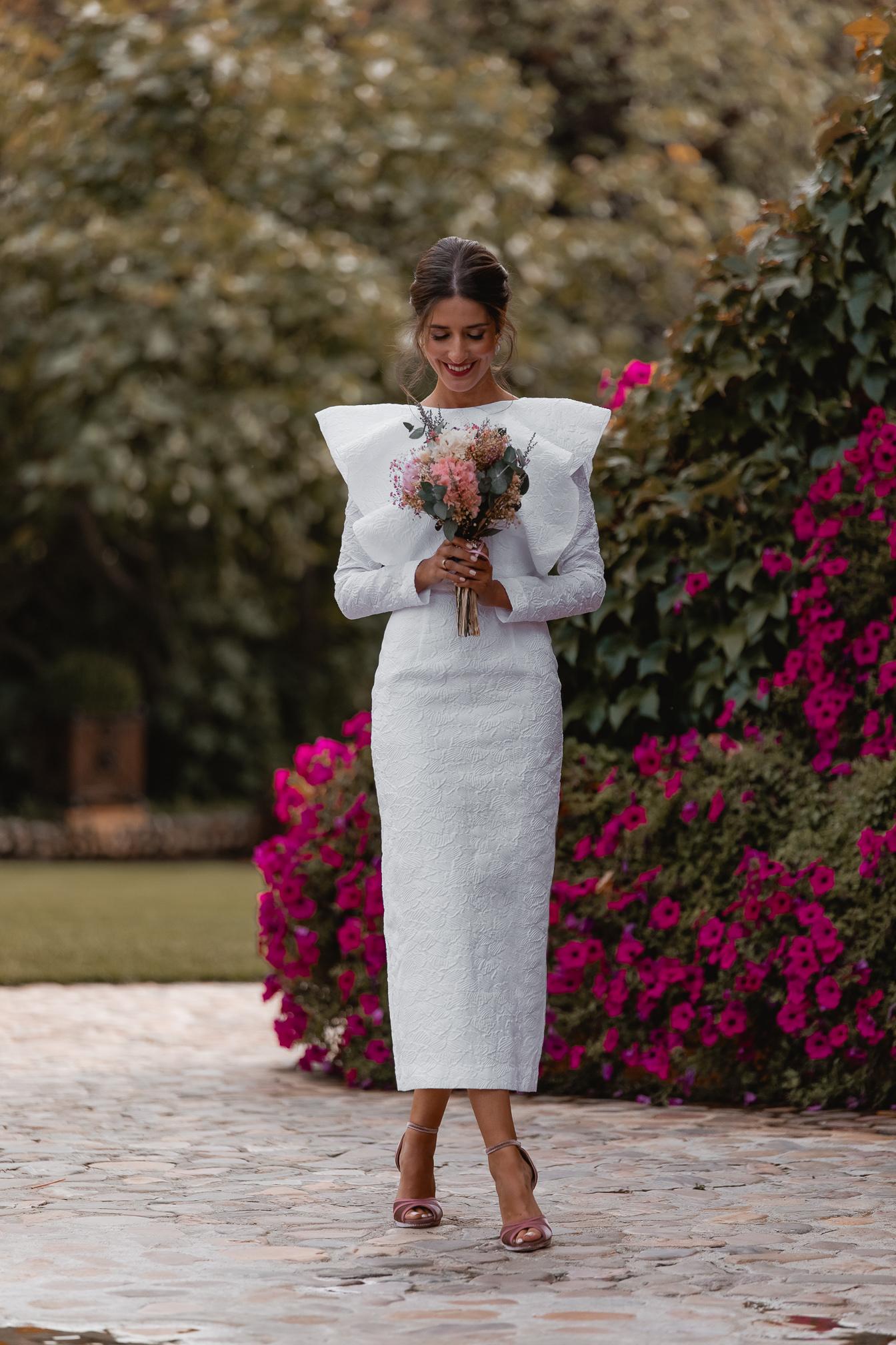 novias 2022 vestido midi