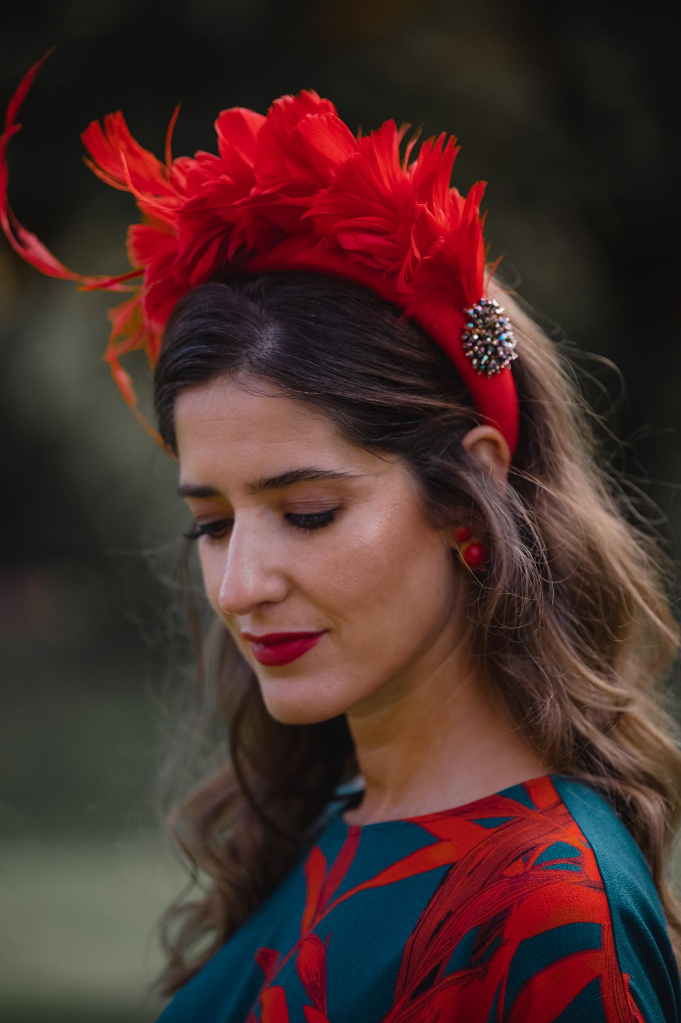 diadema plumas invitada boda